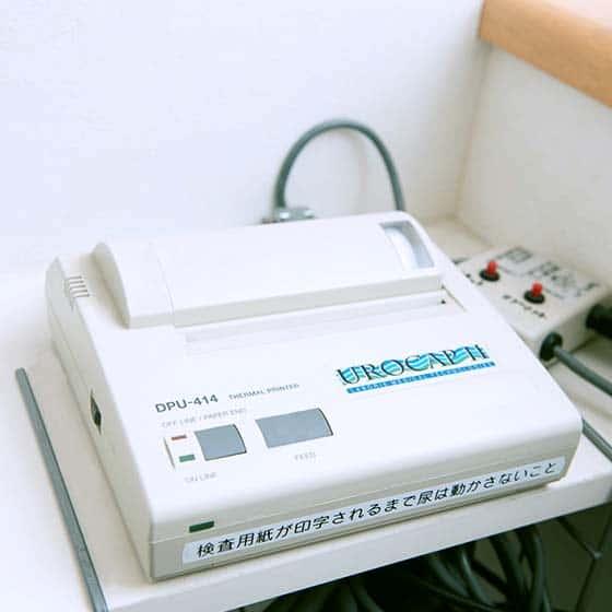 ウロマスター(干渉低周波を使用した頻尿・尿失禁の治療器:保険適応)